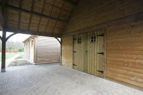 deur bijgebouw geimpregneerd buitendeur moderne schuur