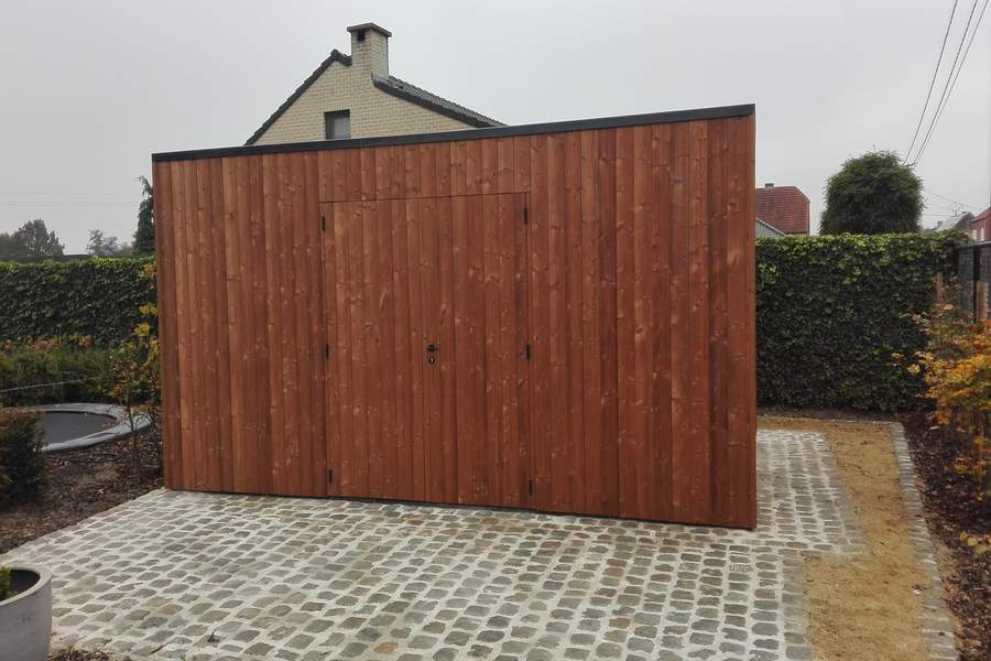 Luxe blokhut thermowood vertikale beplanking modern epdm