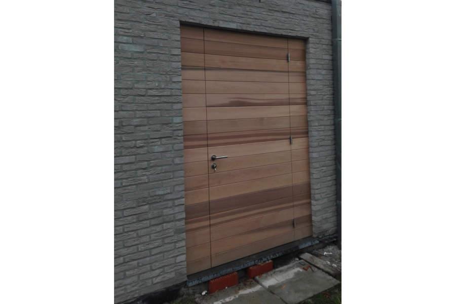 Buitendeur Op Maat.Producent Duurzame Deuren Buitendeur Op Maat Ceder Bijgebouw Belgo