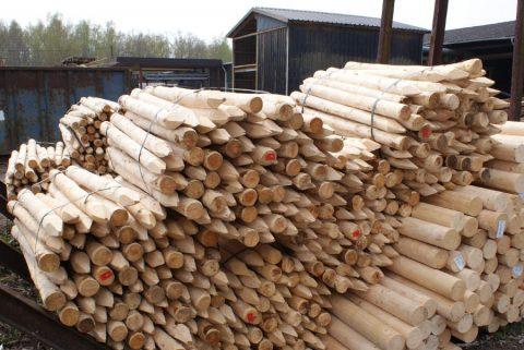 ronde weidepalen epicea hout Vlaams-Brabant