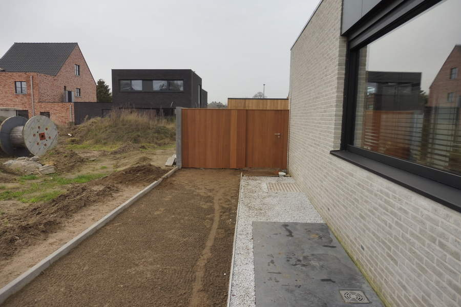 Ayous poort tuin oprit