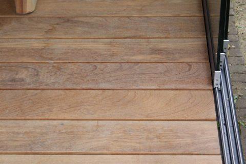 Detail hout terras cumaru rouge tekening