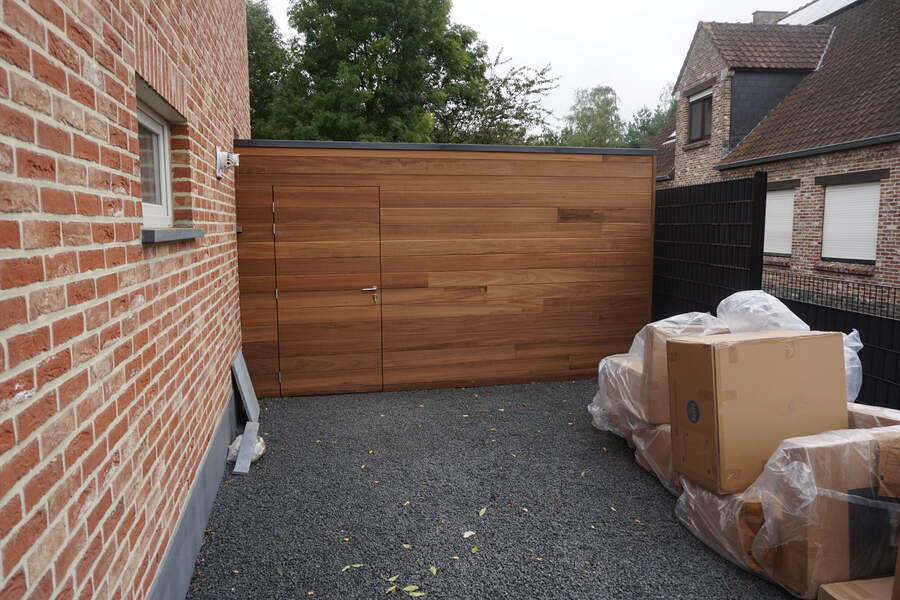 Schilde gevel bekleding vlak tand groef ayous thermowood